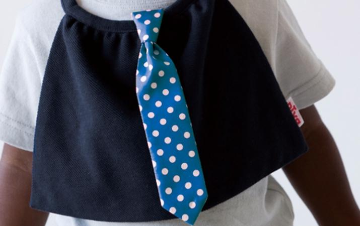 リトル紳士のはじめてのネクタイです