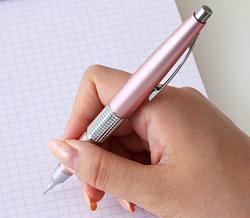 月曜日。仕事がはかどるシャープペン