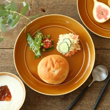 瑞々/まる皿 7寸 うす飴