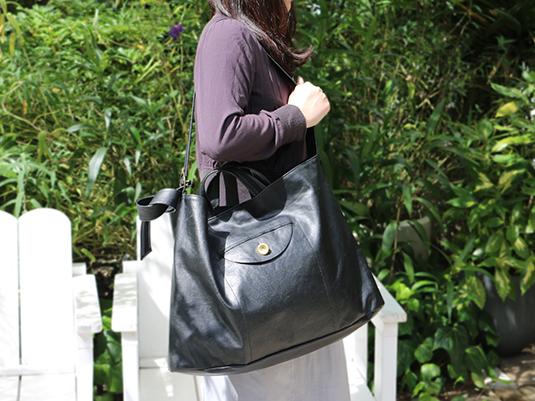 荷物が多くても脇役じゃない、主役になるバック PROOF OF GUILD Oval 2WAYバッグ