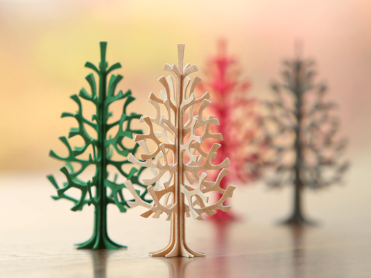 組み立てて飾れる木のポストカード