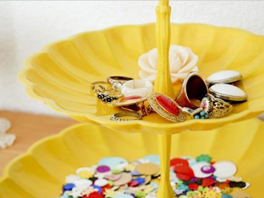 cool-jewelry-storage-ideas-4-500x333