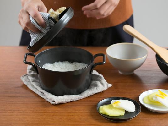 松田美智子の自在道具/鉄の小さなごはん鍋