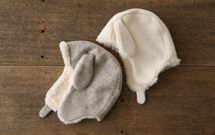 垂れ耳が可愛らしい、ひつじの帽子