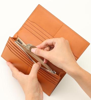 国内屈指の職人が作る、上品な革財布