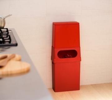 キッチンにぴったりのダストボックス。