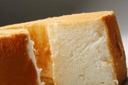 大きさも味も◎な米粉シフォンケーキ