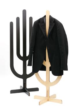 ツリー型のジャケットハンガー